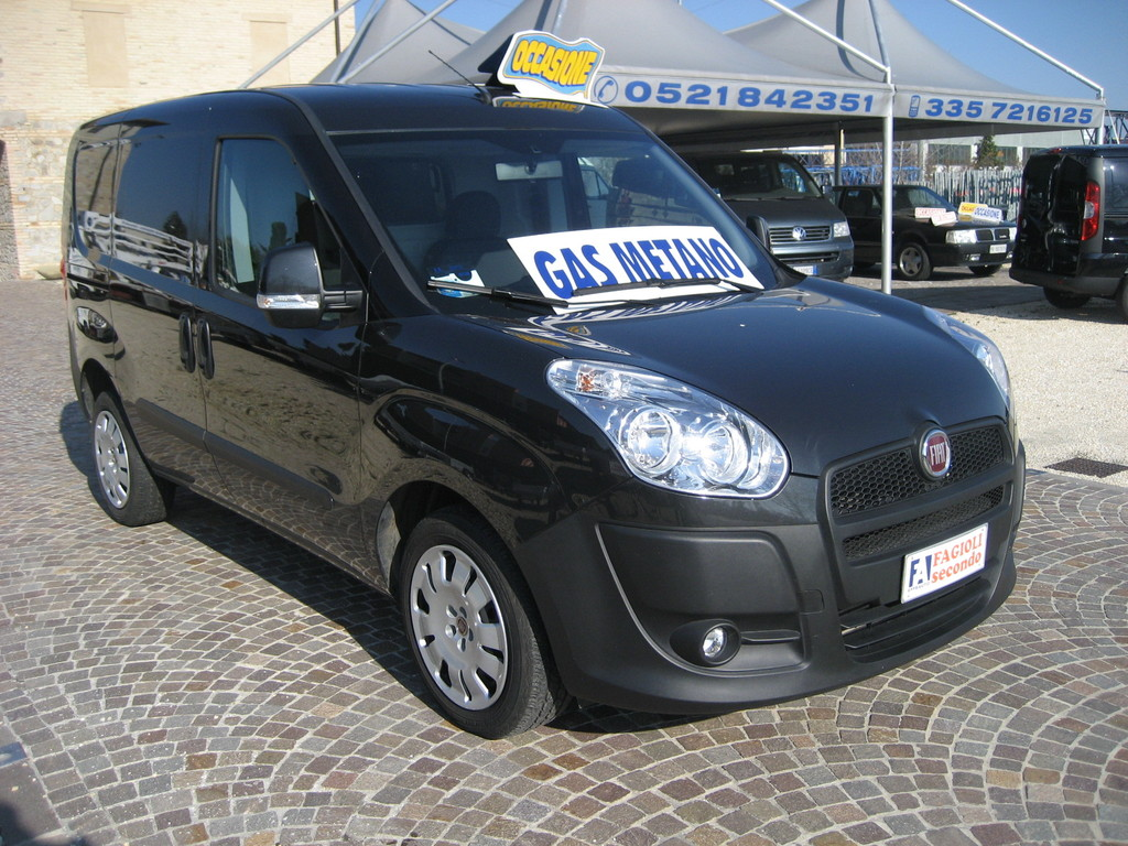 FIAT DOBLO' NATURAL POWER 2011